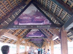 Paintings in the gables of the bridge