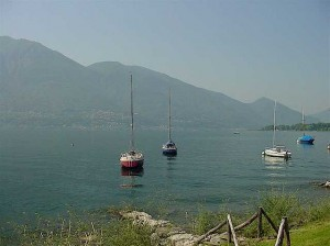 the lake in the direction of Italy